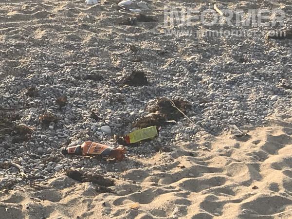 На севастопольском пляже сезон-2021 так и не начался 1