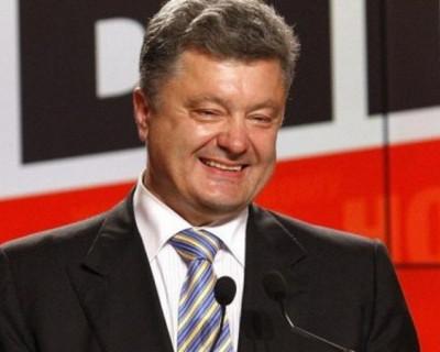 Порошенко распорядился отпраздновать 100-летие победы над россиянами