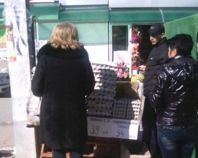 Имя Героя Советского Союза в Севастополе загадили рынком (фото)