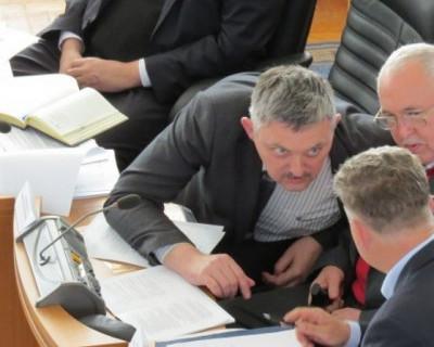 Как Виктор Посметный сегодня будет преодолевать вето Губернатора об Общественной палате Севастополя?