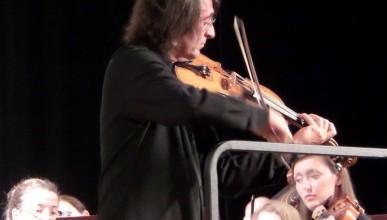 Вчера на концерте в Севастополе великий альтист Юрий Башмет не проронил ни слова… (фото, видео)
