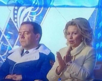 У Дмитрия Анатольевича Медведева появился повод для беспокойства? (фото)