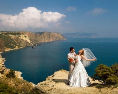 Сколько в Севастополе свадеб и сколько разводов