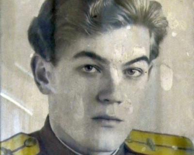 Севастопольский ветеран Великой Отечественной войны Геннадий Юферов отметил 90-летие (фото, видео)