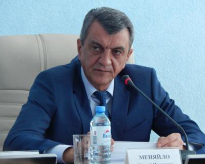 Губернатор Севастополя Сергей Меняйло пообещал достроить ледовый дворец!