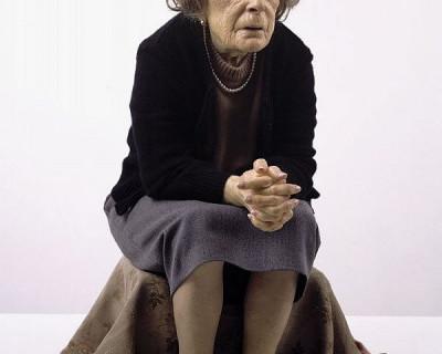 Севастопольская старушка так и не узнала, столько у неё «защитников» (видео)
