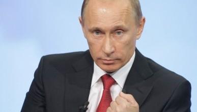 Президент России дал распоряжение внести коррективы в планы развития крымских портов