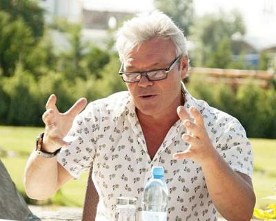 «ИНФОРМЕР» поздравляет Сергея Абрамовича Бурштейна