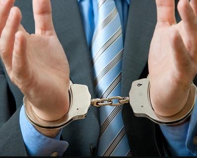 Севастопольский сотрудник полиции пойман с поличным