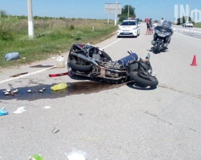 Эксклюзивный материал о мото-аварии с участием двух мотоциклов в Севастополе (фото)
