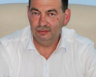 Почётный строитель России - Александр Лившиц прокомментировал строительство в лесной зоне Севастополя