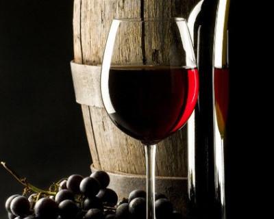 В Севастополе презентовали новую торговую марку вина «Крымский бриз»