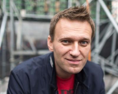 """""""Откровенно и мерзко"""". Оппозиционер Навальный пока не имеет опыта любви с мужчинами, но такое желание есть"""