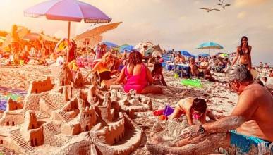 Российский блогер: «Я много раз бывал в Крыму, но чтобы на пляж были пробки...» (ФОТО)