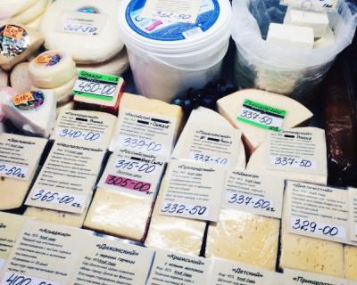 А есть ли в Севастополе поддельный сыр? (фото)