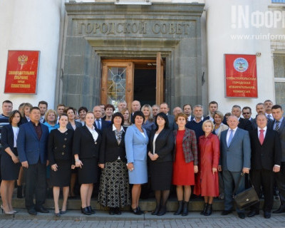 Знаковые события вчерашней сессии законодательного собрания Севастополя (фото, видео)
