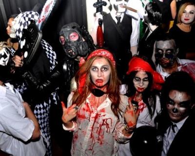 Россияне возмущены вечеринками Halloween в день катастрофы аэробуса А-321