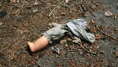 Тело трехлетней девочки нашли в 8 км от места крушения лайнера в Египте