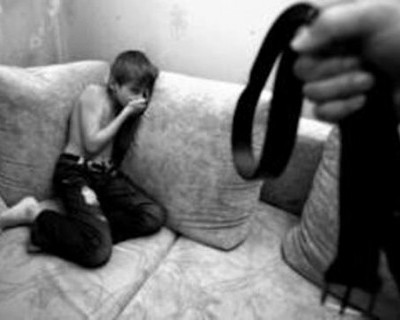 В Севастополе отец семейства избил своего сына