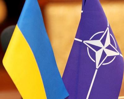 НАТО не согласится принять Украину до тех пор, пока Киев будет настаивать на возвращении Крыма