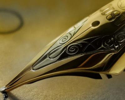 Раскрыта тайна исчезновения дорогой ручки Parker с золотым пером из кабинета первого замглавы Администрации Феодосии (видео)