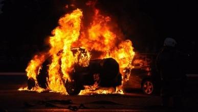 Ночной «ИНФОРМЕР»: В Севастополе подожгли автомобили!