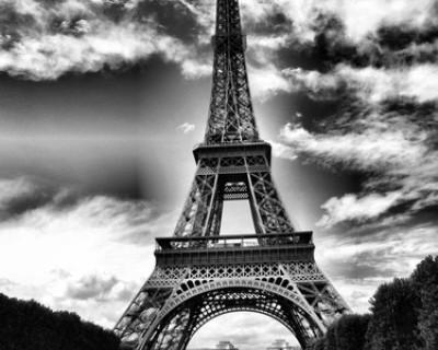 Ночной ИНФОРМЕР: Сегодня в Париже стрельба, взрывы и захваченные заложники! Есть жертвы (фото, видео)