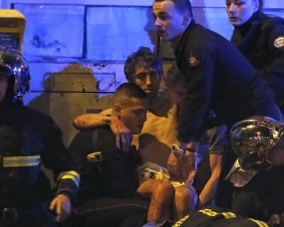 Выжившие после терактов парижане рассказали о жуткой кровавой ночи
