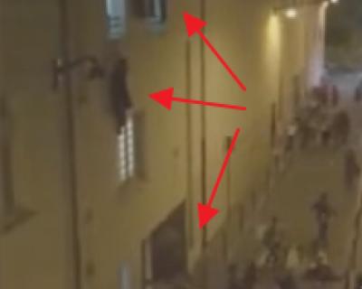 В YouTube появились видео двух очевидцев начала теракта и расстрела людей в Париже! (видео 18+)