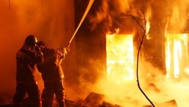 В Севастополе горело общежитие, погибла женщина