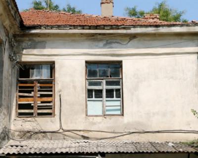 Севастопольцы скоро переедут из аварийного жилья и отметят новоселье (фото)
