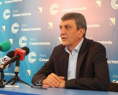 """Губернатор Севастополя: """"Переход с трибуны на личности - некорректно и нарушает этику госслужащего!"""" (видео)"""
