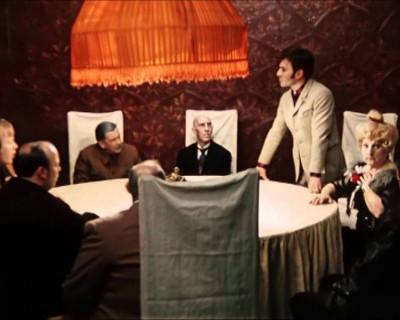 Зачем депутаты-чиновники стараются усидеть на нескольких стульях одновременно? (скан документов)