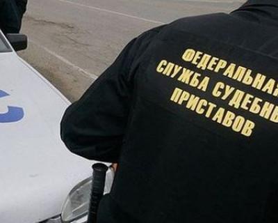 Судебные приставы ловят должников прямо на дорогах Крыма