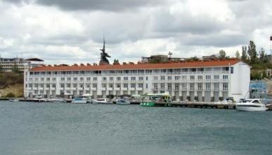 Прокуратура Севастополя продолжает проверки по вопросам самовольного занятия земельных участков в центральной части города