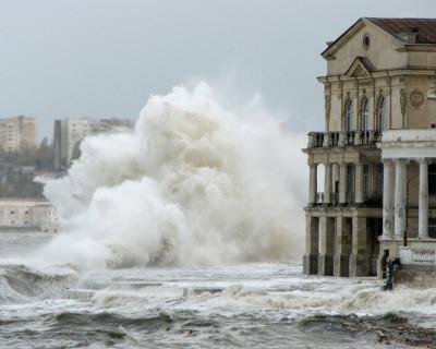 В Севастополе обещают шторм!