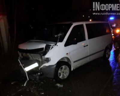 Ночной ИНФОРМЕР: Пьяный водитель устроил ДТП в Севастополе (видео, фото)