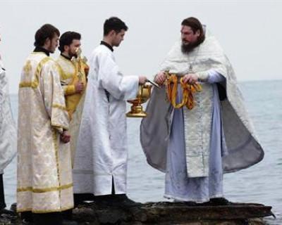 В каких «VIP-прорубях» будут купаться севастопольцы на Крещение? (фото)