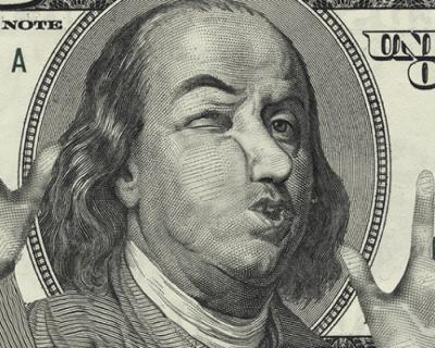 Россияне паникуют и бегут покупать дорогой доллар на чёрный день