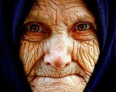 Севастопольская пенсионерка на момент вызова «Скорой помощи» лежала на дороге без сознания (фотофакт)