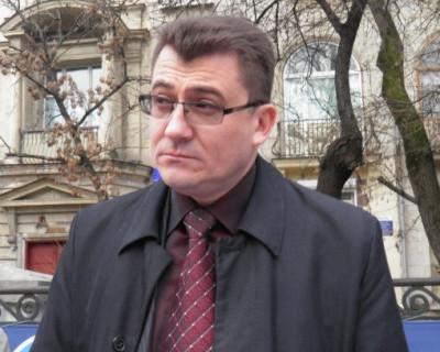Севастопольская сага о малом бизнесе «Кромешный ад», часть вторая – «На кого работает Иван Комелов»? (видео)