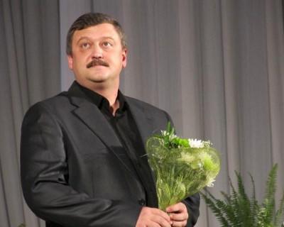 Депутат ЗС заручился поддержкой украинских националистов? (скриншоты)