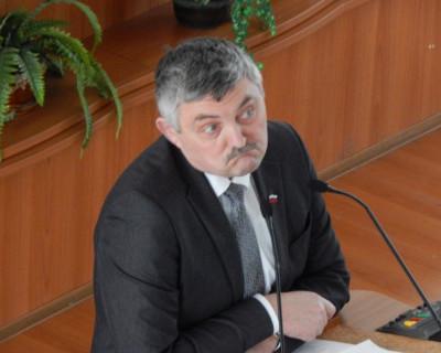 Понимает ли депутат Заксобрания Севастополя Посметный всю меру ответственности за принимаемый закон? (документ)