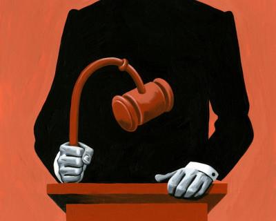 Порошенко уволил судей Крыма