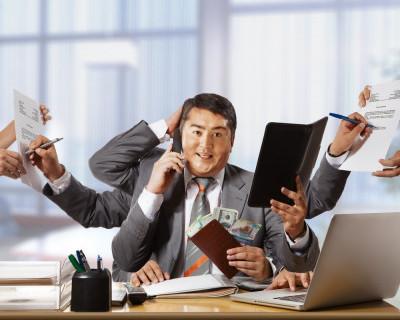 Довольствуются ли севастопольцы своим заработком или подрабатывают сверхурочно?
