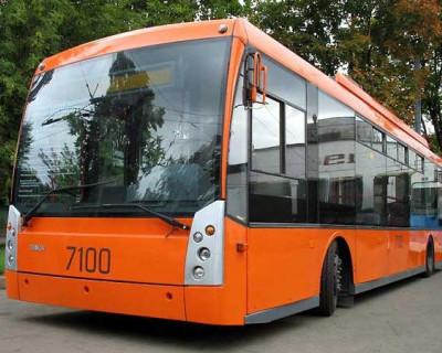 Первый безрогий троллейбус начал курсировать в Симферополе