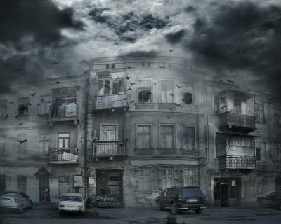 Севастопольцы проживают в «домах-призраках» (фото, видео)