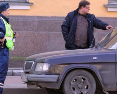 В Крыму сотрудников такси, не имеющих российскую лицензию, штрафуют во время рейдов