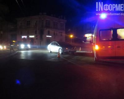 Ночной ИНФОРМЕР: Ночное ДТП в Севастополе (фото)