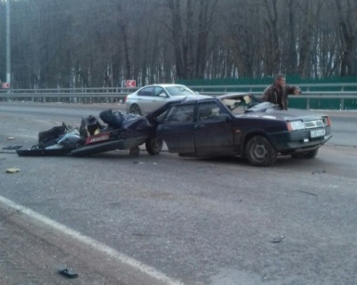 В Крыму ВАЗ 21099 разорвало напополам! (фото)